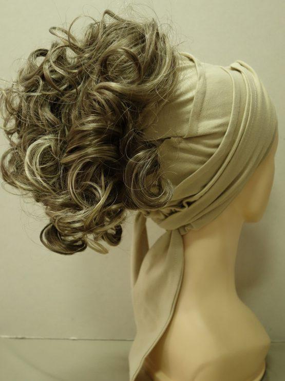 Włosy na opasce - kręcone popielaty blond