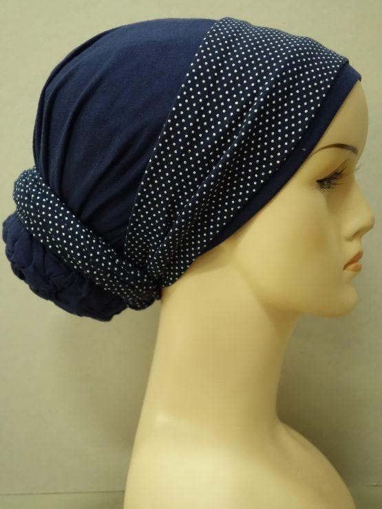 Granatowy turban z dekoracją w groszki