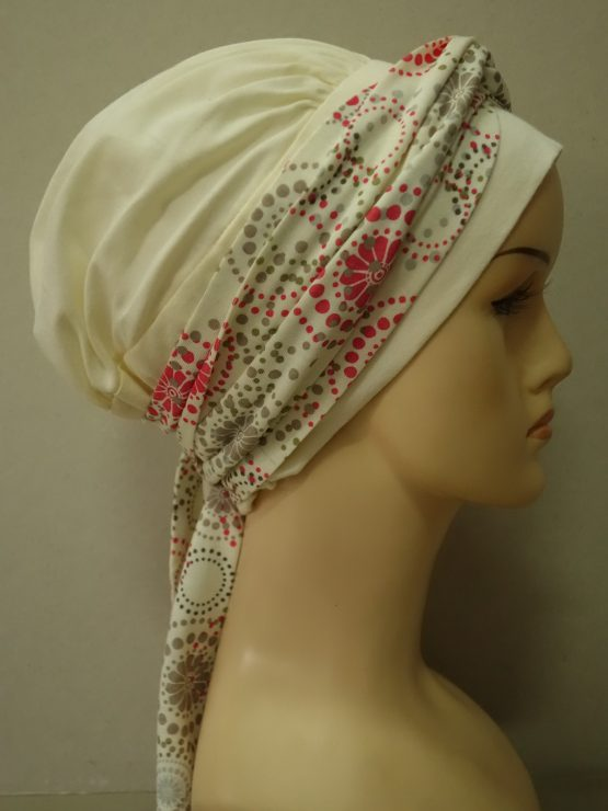 Ecru chusta modny wzór z dekoracją we wzory