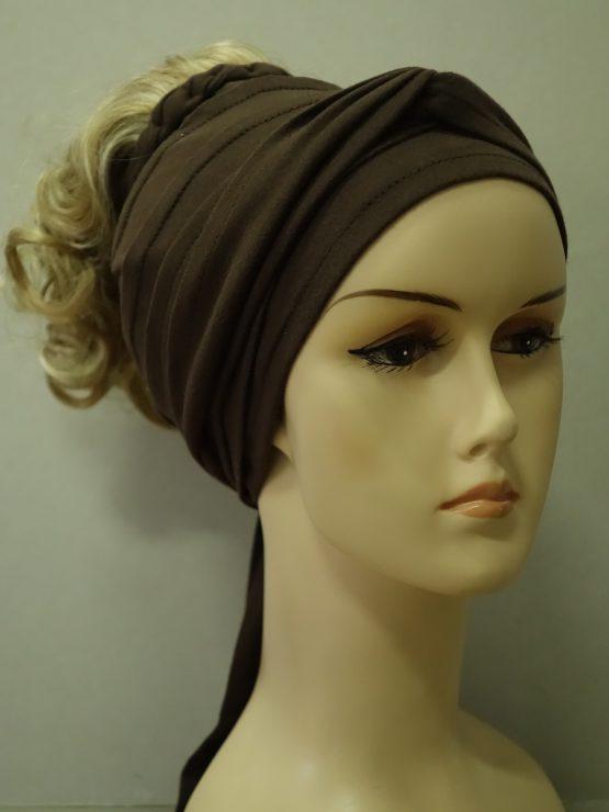 Włosy na opasce - kręcone blond