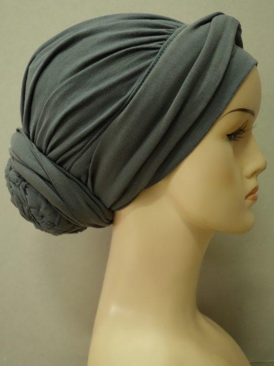 Ciemny popiel drapowany turban