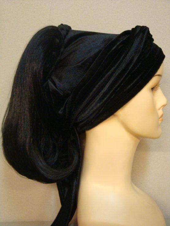 Włosy na opasce - półdługi czerń
