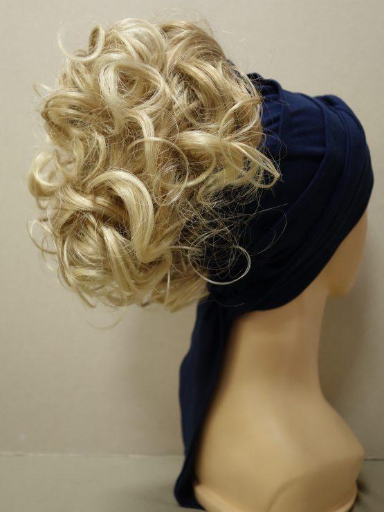 Włosy na opasce - krótkie kręcone blond