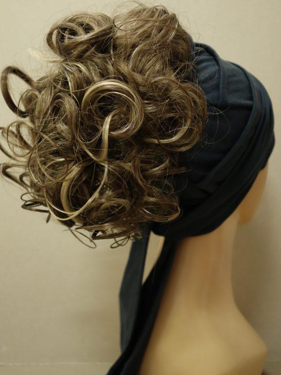 Włosy na opasce - krótkie kręcone ciemny blond