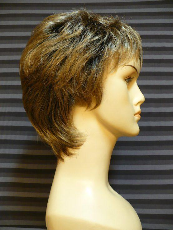 Krótka peruka ciemny blond z jaśniejszymi końcówkami
