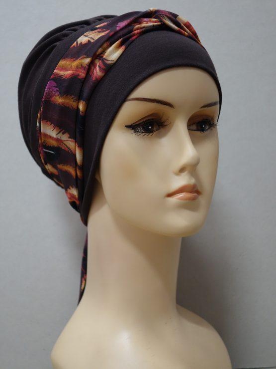 Brązowa chusta modny wzór z dekoracją w liście