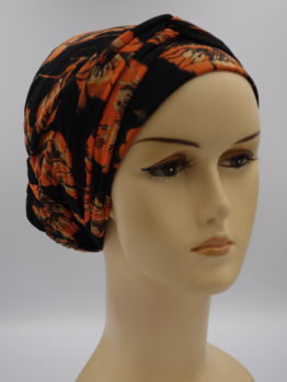 Czarny turban w pomarańczowe kwiaty