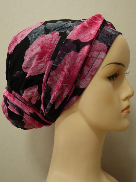 Czarny turban w różowe kwiaty