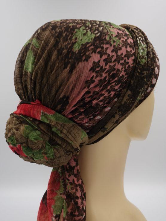 Kolorowy turban we wzorki