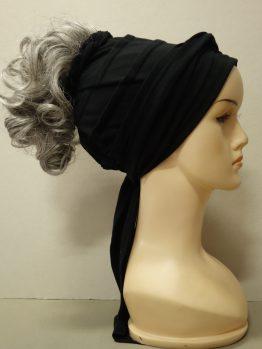Włosy krótkie kręcone siwe na opasce w kolorze czarnym