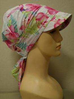 Biała chusta w różowe kwiaty z daszkiem