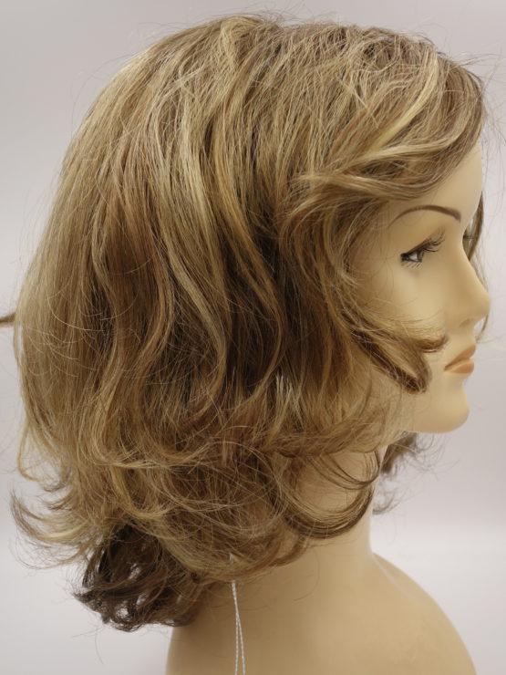 Półdługa peruka ciemny blond kręcona