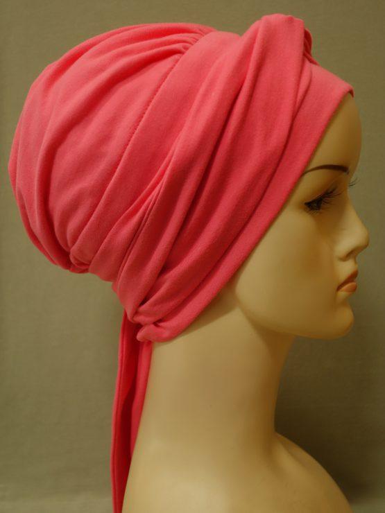 Różowa chusta modny wzór z dekoracją