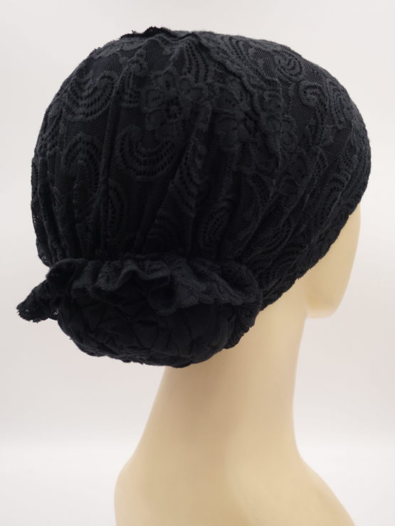 Czarny turban z koronką