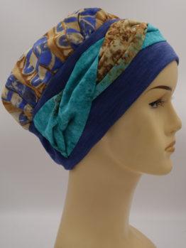 Kobaltowa chusta - modny wzór - z dekoracją
