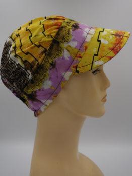 Słoneczna modna czapka z daszkiem