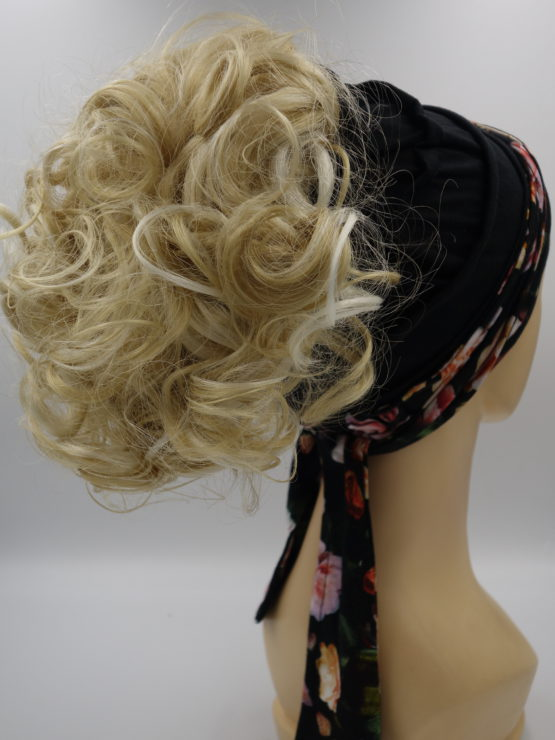 Włosy na opasce - blond, krótkie, kręcone