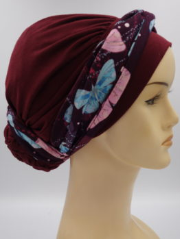 Bordowy turban drapowany